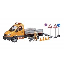 Krovininis automobilis kelių tvarkymo darbų