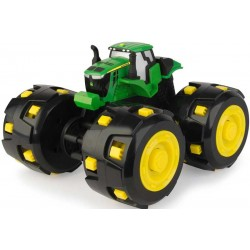 John DEERE traktorius Spiker