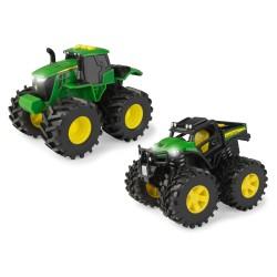 John DEERE žaislinis traktorius su šviesom ir garsais asort.